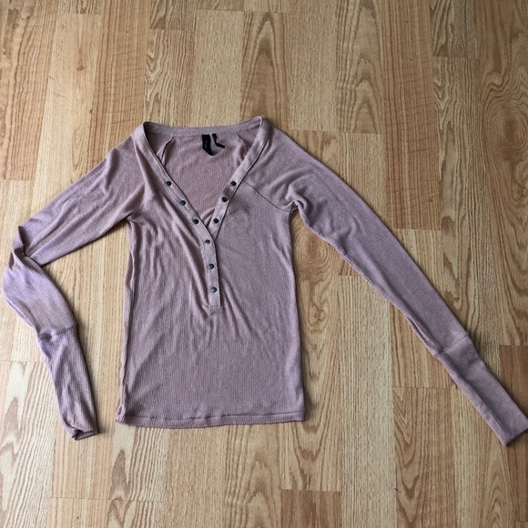 Urban Outfitters Tops - Urban outfitters blush blouse long sleeve comfy S